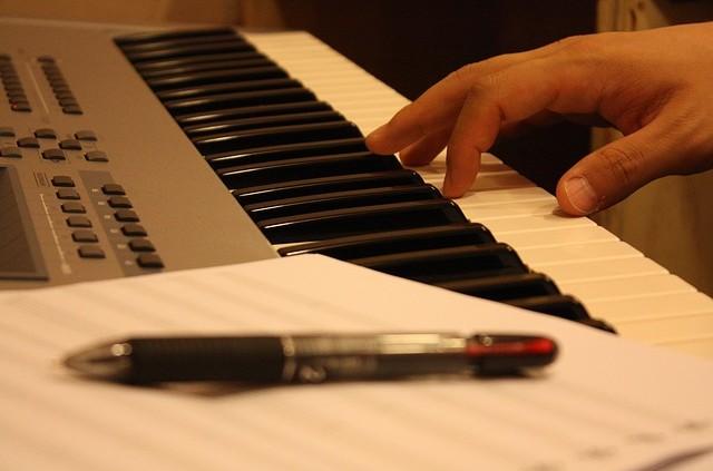 Songwriting-Seminar: Erfolgreich Komponieren und Texten mit Duncan Lorien
