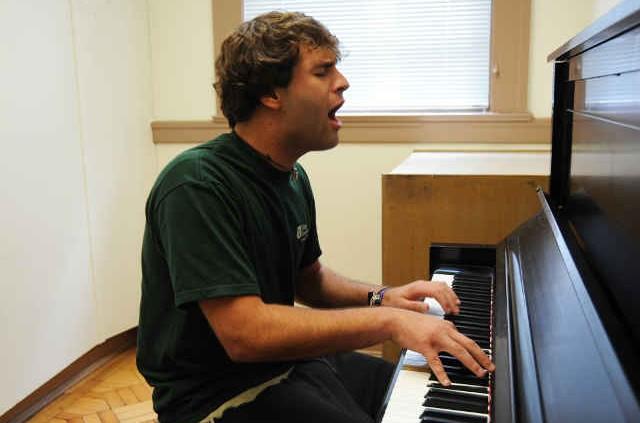 Verbesserung nach dem Üben, effizient üben am Klavier und an der Gitarre