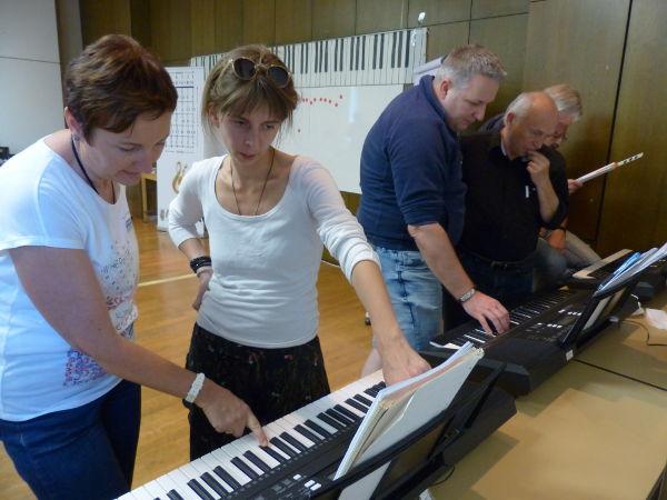 Die Methode von Duncan Lorien, um Tonleitern und Akkorde zu lernen funktioniert bei allen Menschen.